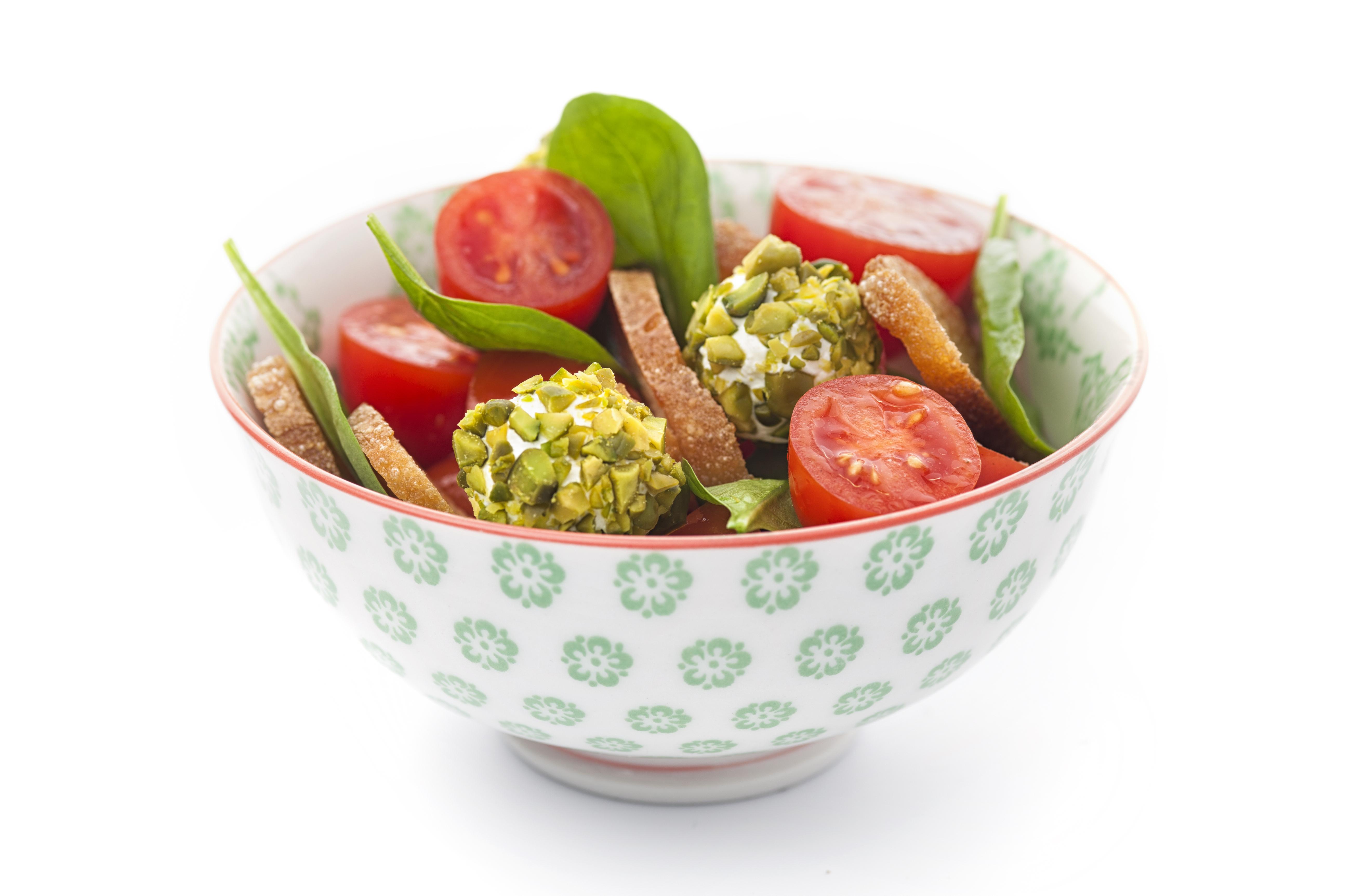 tomaten brot salat mit pistazienkugeln lifestyle by v zug ag. Black Bedroom Furniture Sets. Home Design Ideas